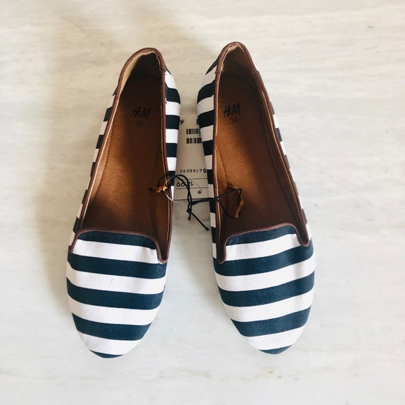New H&M Striped Canvas Black/White Loafers Flats
